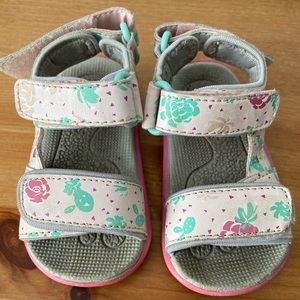 Pink flower Toddler Sandals